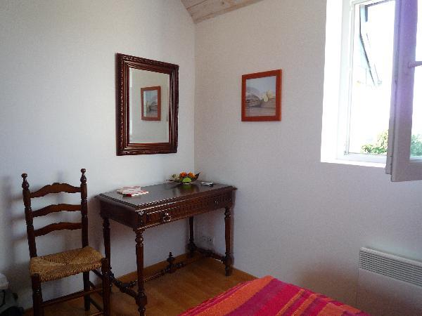 gîte 1 : chambre1 , lit en 140
